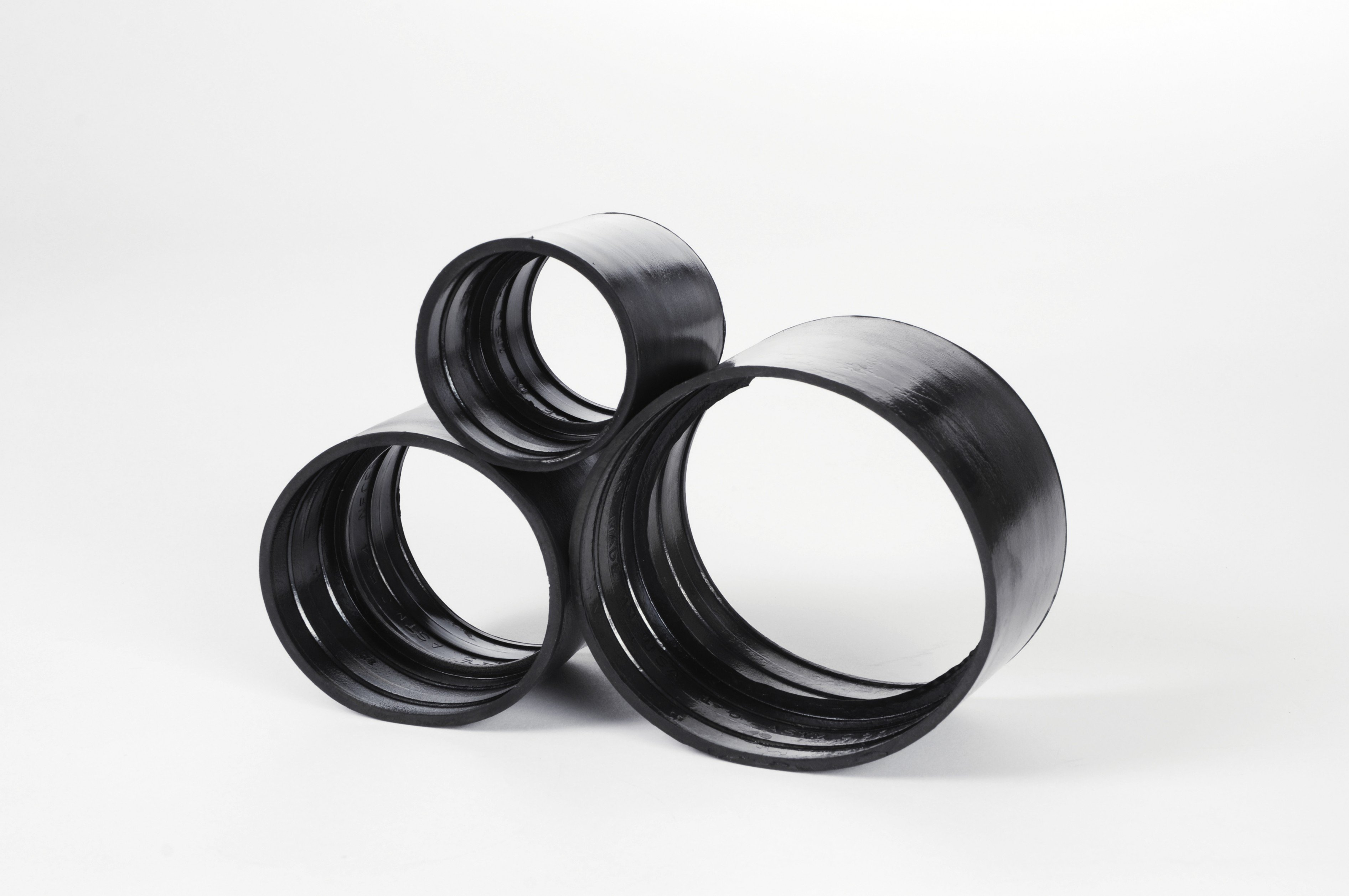 Large, Medium, and Small Gasket Sizes Stacked On Each Other